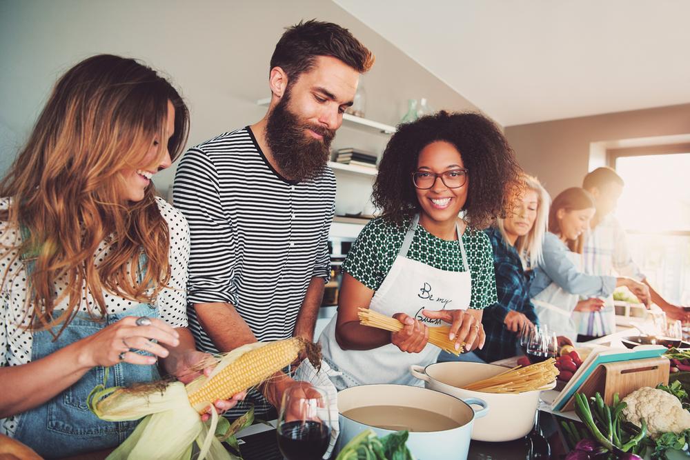 vieraskielinen kokkauskurssi